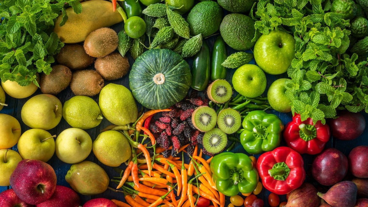can you overdose on vitamins vegetables and fruit