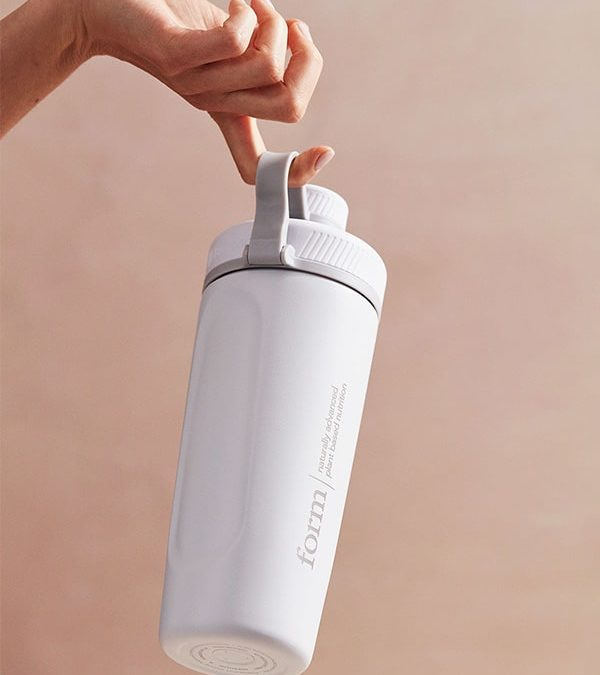 Form Stainless Steel Shaker